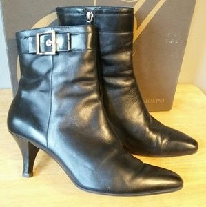 ***20% off 2*** Black leather ankle boots